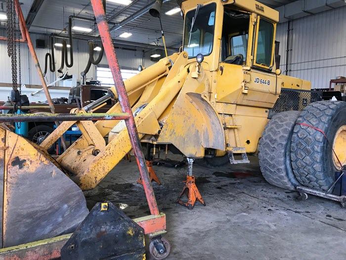 heavy equipment being repaird at Major Overhaul in Edmonton