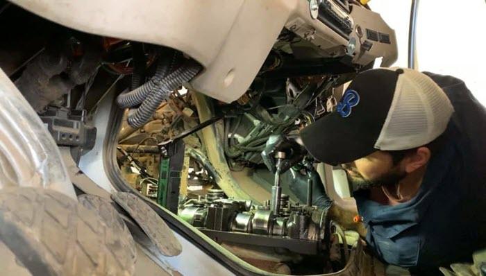 Heavy duty mechanics at Major Overhaul and Equipment Repair in Edmonton
